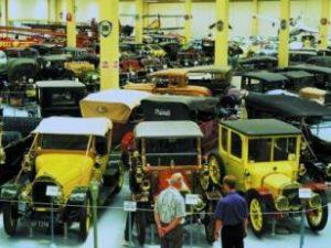 Поездка в музей старых автомобилей