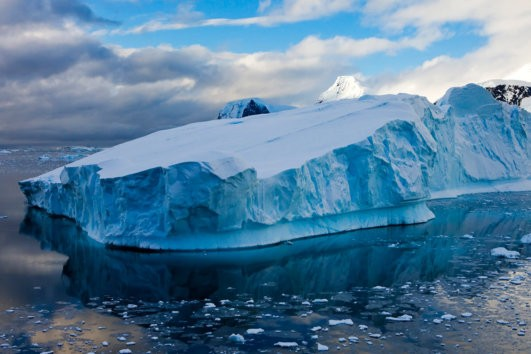Enormous iceberg drifting off the Antarctic Peninsula, Antarctica, Polar Regions